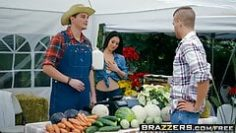 brazzers-real-wife-stories-the-farmers-wife-scene-starr