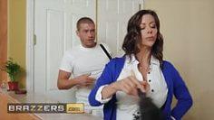dirty-masseur-alexis-fawx-xander-corvus-multitasking