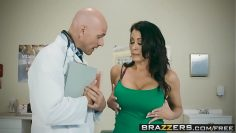 brazzers-doctor-adventures-my-husband-is-right-outside-scene-starring-reagan-foxx-and-johnny